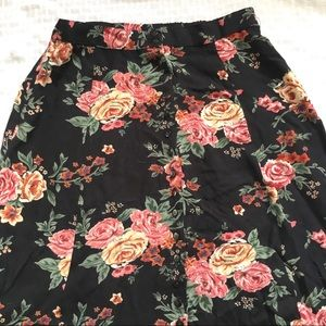 Skirts - BlackPink Floral Rayon Skirt Front Button SzXS $8